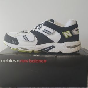 New Balance 854 Sneakers
